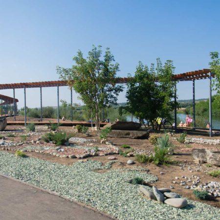 solar-park-with-pergola