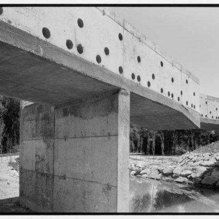 aldayjover_gallego-riverside-recovery_bridge_photo-by-jordi-barnado