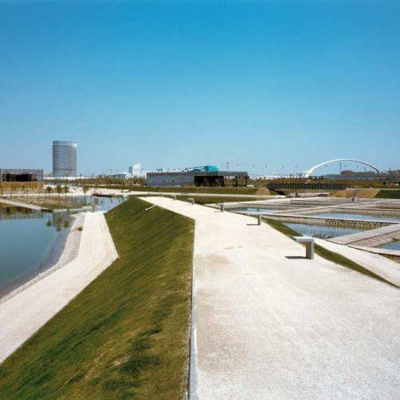 aldayjover_water-park_paths_image-by-jordi-bernado