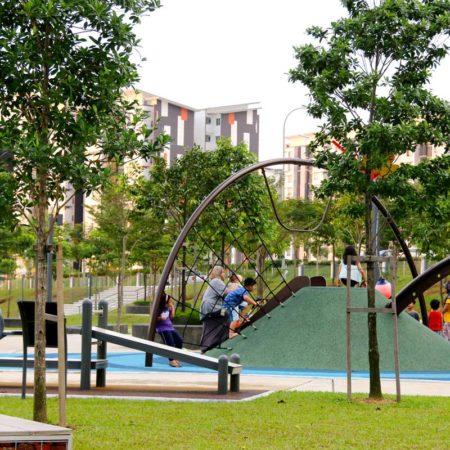 07-Playground