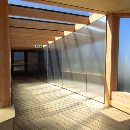 17.-Mirrored-Corridor