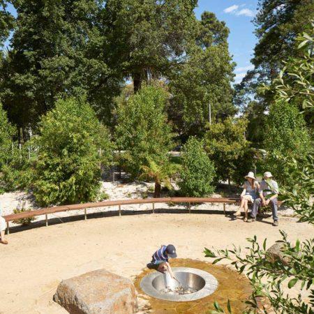 Fitzroy-Gardens_04