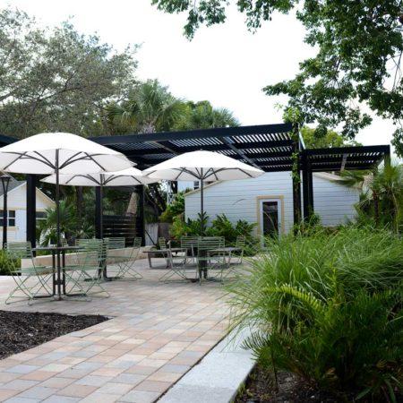 Hoch-Family-Village-Courtyard_Cadence-4