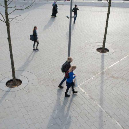Stationsplein_trolleybussenplein_Arnhem-Centraal_photographer-Ben-ter-mull