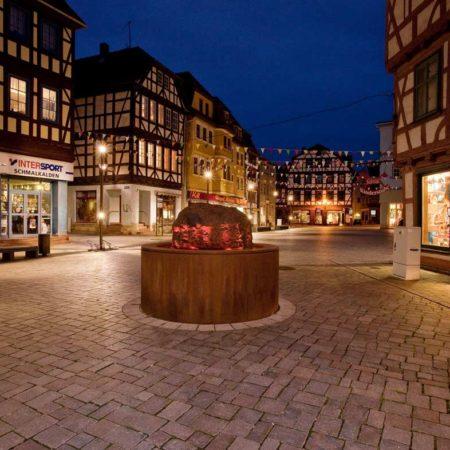 The-illuminated-pig-iron-installation-at-the-Neustadt