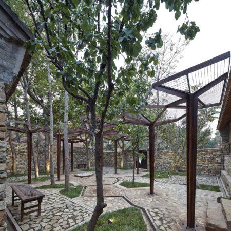Village_Reading_Center_Courtyard01