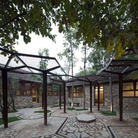 Village_Reading_Center_Courtyard02