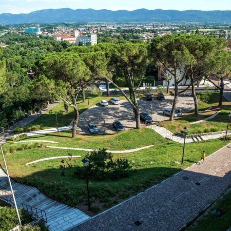 16---Piazzale-Seghizzi-and-its-natural-amphitheatre-seen-from-the-Castle