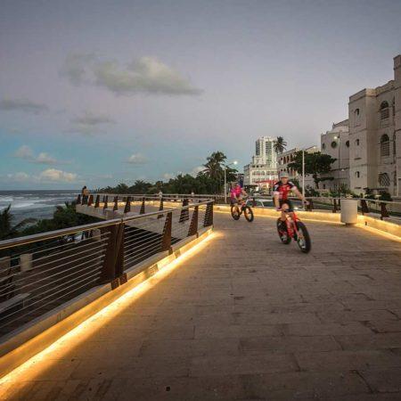 16_Paseo-Puerta-de-Tierra_cyclists