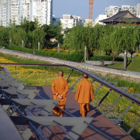 25-Monks-from-nearby-temple