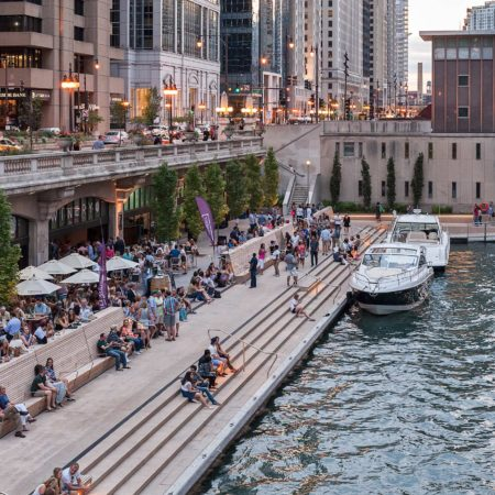 The jury members also acknowledge Chicago Riverwalk (SASAKI + Ross Barney) as a high-quality urban space, extremely well structured and built. The new horizontal layer in the birthplace of the skyscraper will certainly have a positive impact and will transform the city into a more liveable and pedestrian-friendly urban environment.