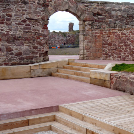 11.-View-of-battery-entrance-framing-Dunbar-Castle-in-the-distance,-credit-rankinfraser-landscape-architecture