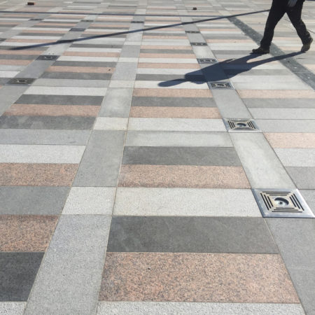 20.Central-space-paving