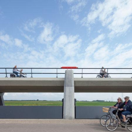 Bike-path-along-inlet-Kerkdijk
