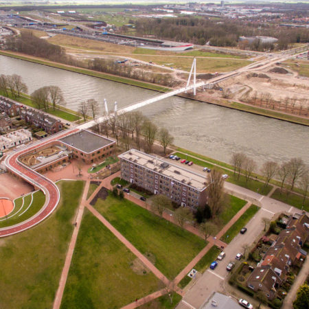 Building-bridge-bicycle-track-and-park-all-in-one