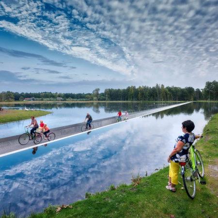 fietsen doorhet water
