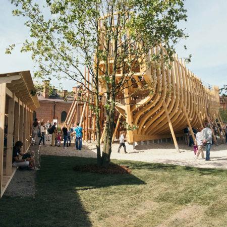 New-Holland-Island-7-playground-ph-West-8-by-Leonid-Leontev