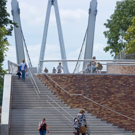 Pedestrian-can-enter-the-bridge-by-walking-the-loop-or-using-the-stairway
