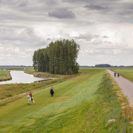 Recreation-along-the-west-dike