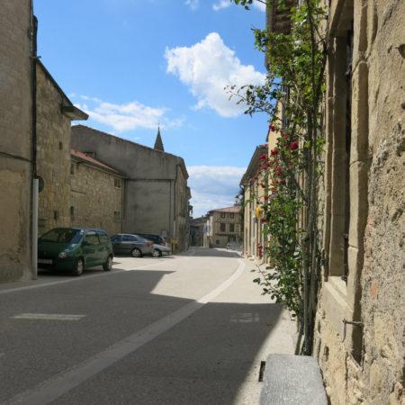 Walking-down-the-'rue-des-nobles'