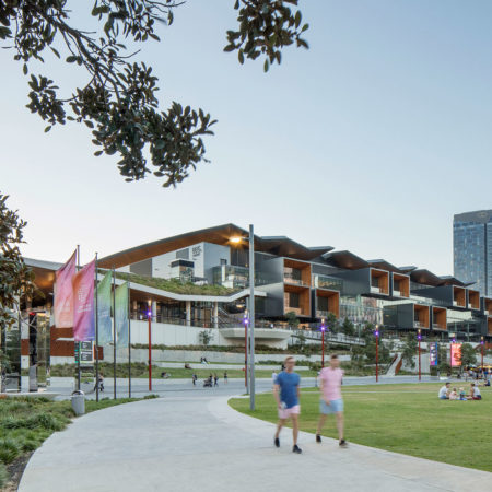 19_DarlingHarbour_HASSELL_SimonWood