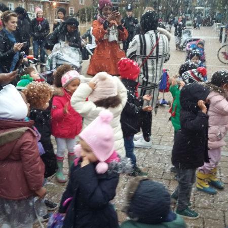 38-RBA-Bridget-Joyce-Square,-Australia-Road-Christmas-fair
