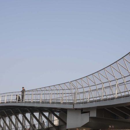 07_Streamlined shape of Huihong Bridge