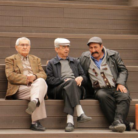 13-HAMAMYOLU URBAN DECK-local people sitting on the amphi-roof