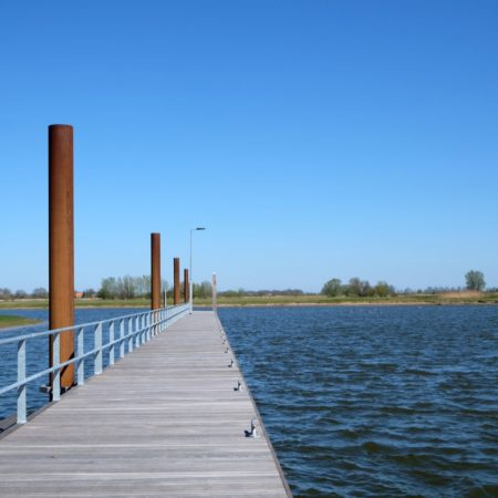 Jetty on the river IJssel - photo H+N+S