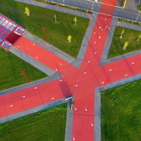 LOLA - adidas world campus_02 red star © Hanns Joosten