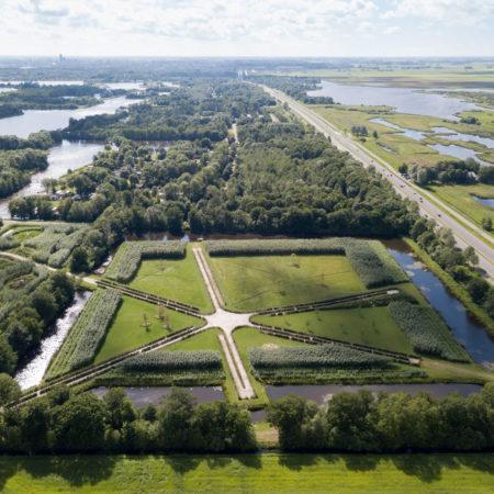 LOLA-landscape-04-park-groot-vijversburg--bird-eye-view-star-maze