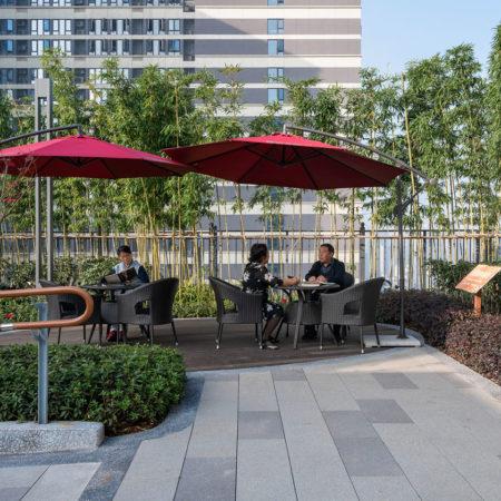 Yinian-Rooftop-Garden-for-Seniors12