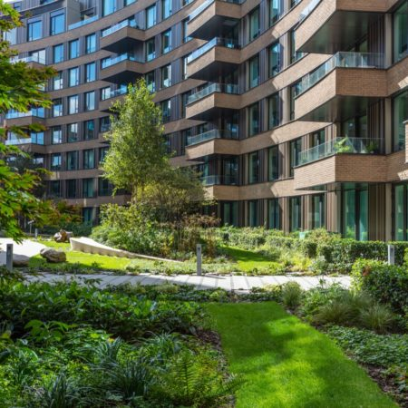 Planting in The Crescent at Television Centre