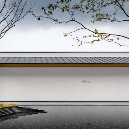07 Minimalist relationship between courtyard wall and water surface