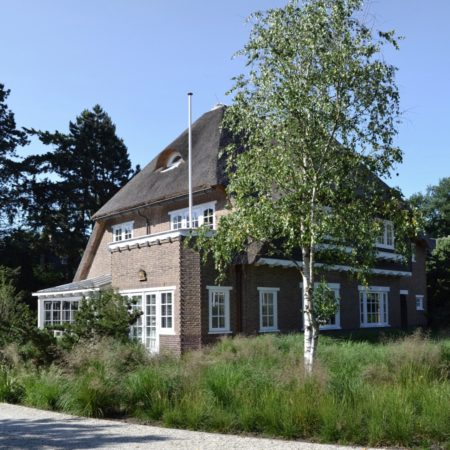 17--Andrew_van_Egmond_contemporary-nature-garden-Holland