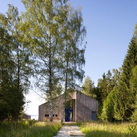 © Hans Kreye - concrete path to the main entrance