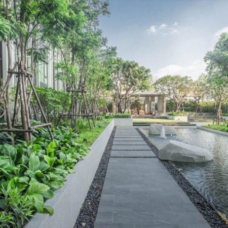 The cascade garden Photo credit : AP-Thai development
