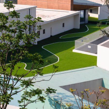 10.Kindergarten rooftop activity area.