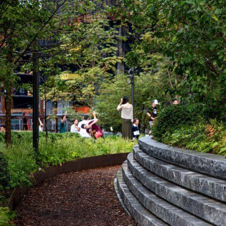 Hudson Yards Plaza (6)
