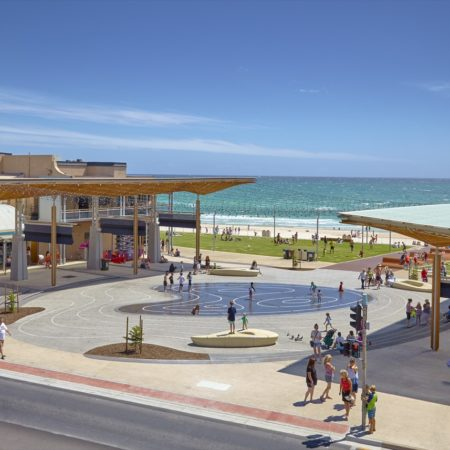08_Henley Square
