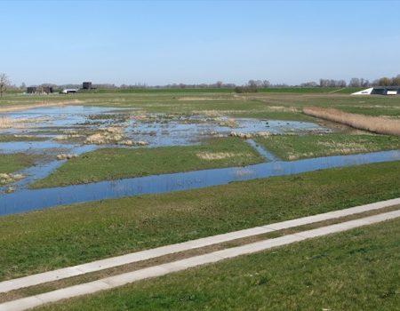43_Panorama Civil works in IJssel Dike - image Hans vd Meer