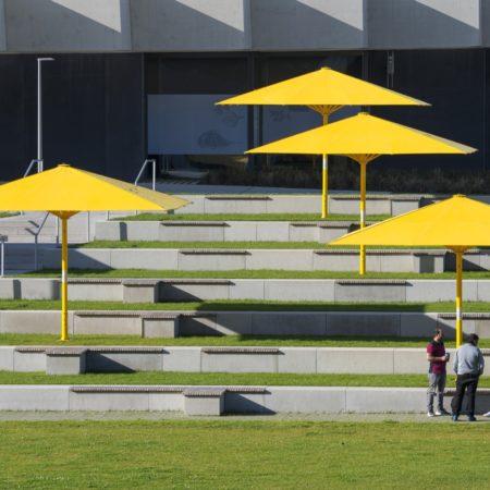 ADI LOLA image 13 seating area © Hanns Joosten