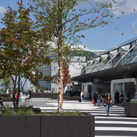 01-Felixx-Brussels-Airport_MainImg_Entrance