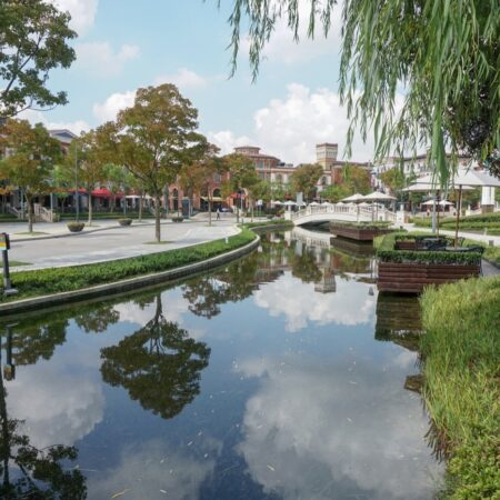 5-plat-studio-suzhou-village-canal