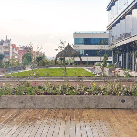 Ali-Pecen-Plaza-Terrace-20