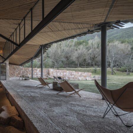 Hylla Cloudfall Nature Lounge_18