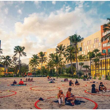 LILA_2021-ArquitectonicaGEO_Univ-of-Miami-Lakeside-Village_Flex-Outdoor-Sand-Volleyball