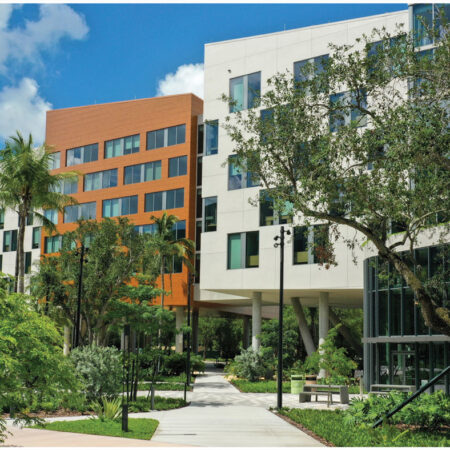 LILA_2021-ArquitectonicaGEO_Univ-of-Miami-Lakeside-Village_Pathways