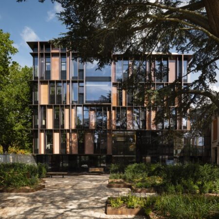 The Beecroft Building by HawkinsBrown. Copyright Jim Stephenson 2018
