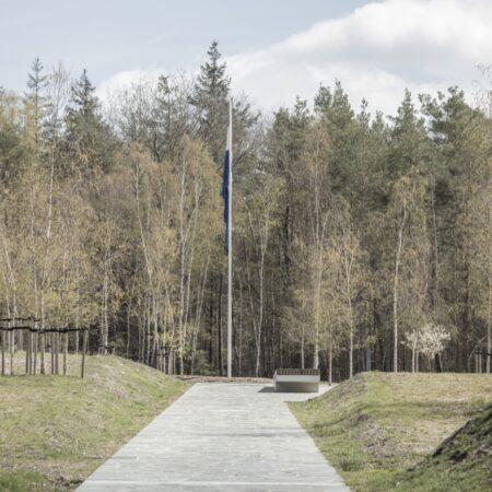 11. Karres en Brands - Loenen Memorial Extension